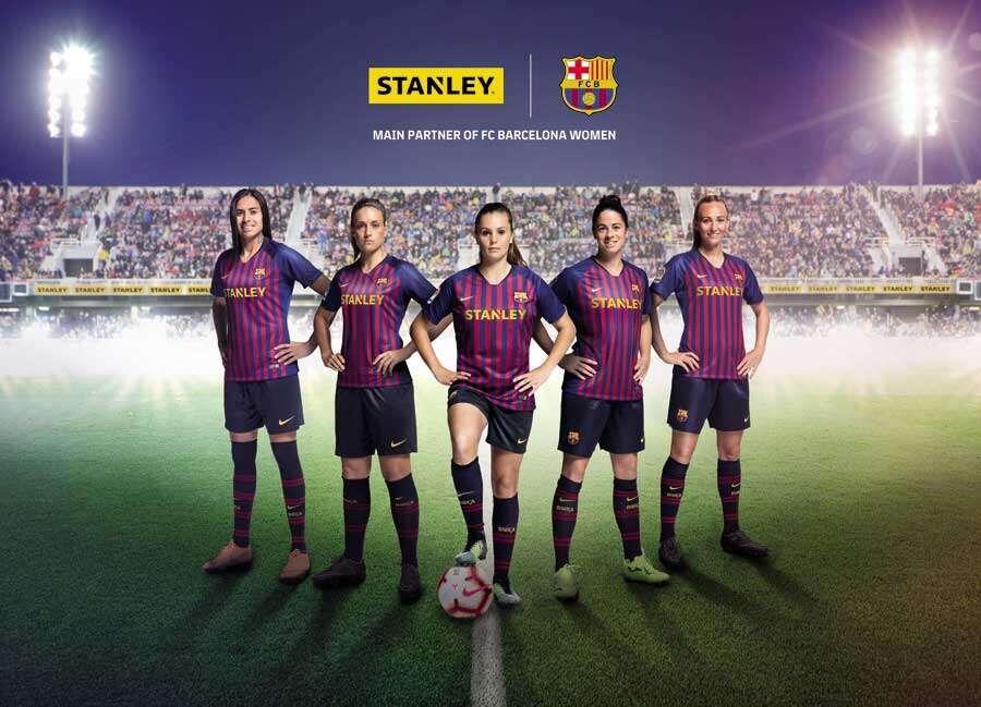 Players of the FC Barcelona Femeni soccer team